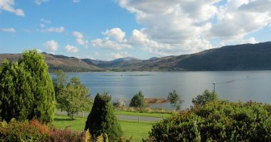 Strathardle has a pleasant garden with a patio area from which there are magnificent sea views across Loch Carron.